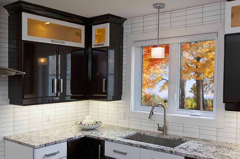Fenêtre installée dans une cuisine